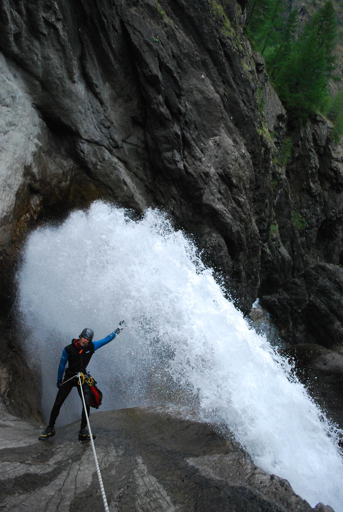 canyon des Oules de freissinières , stage vertico