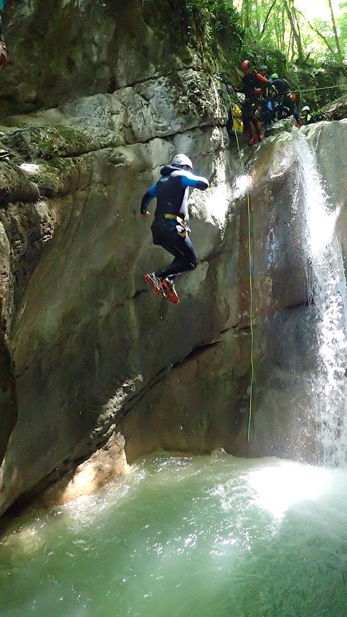 saut canyon de Ternèze proche de Grenoble