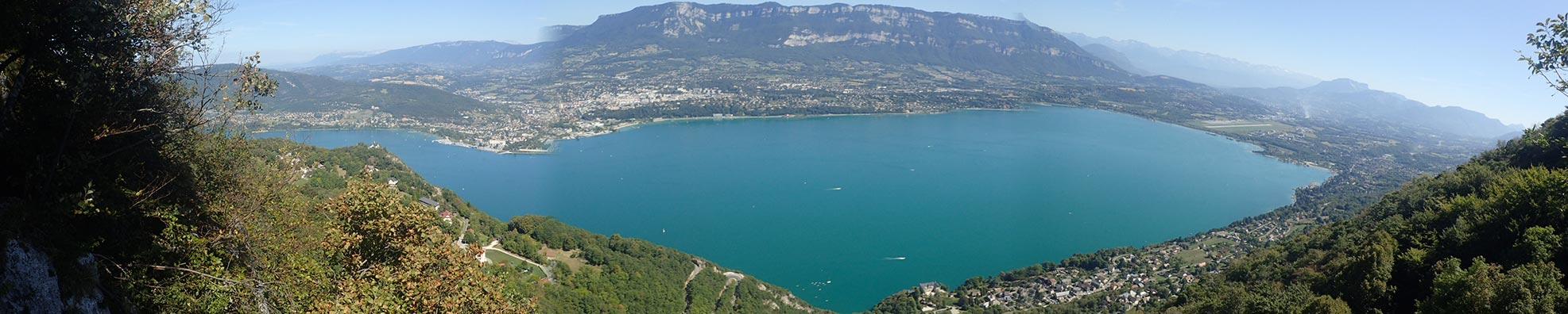 le lac du bourget vue depuis la via ferrata du col du chat