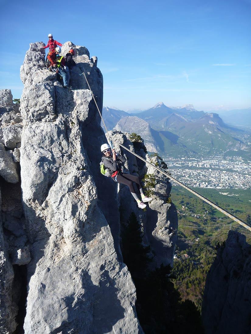 tyrolienne sur la via corda avec vertico