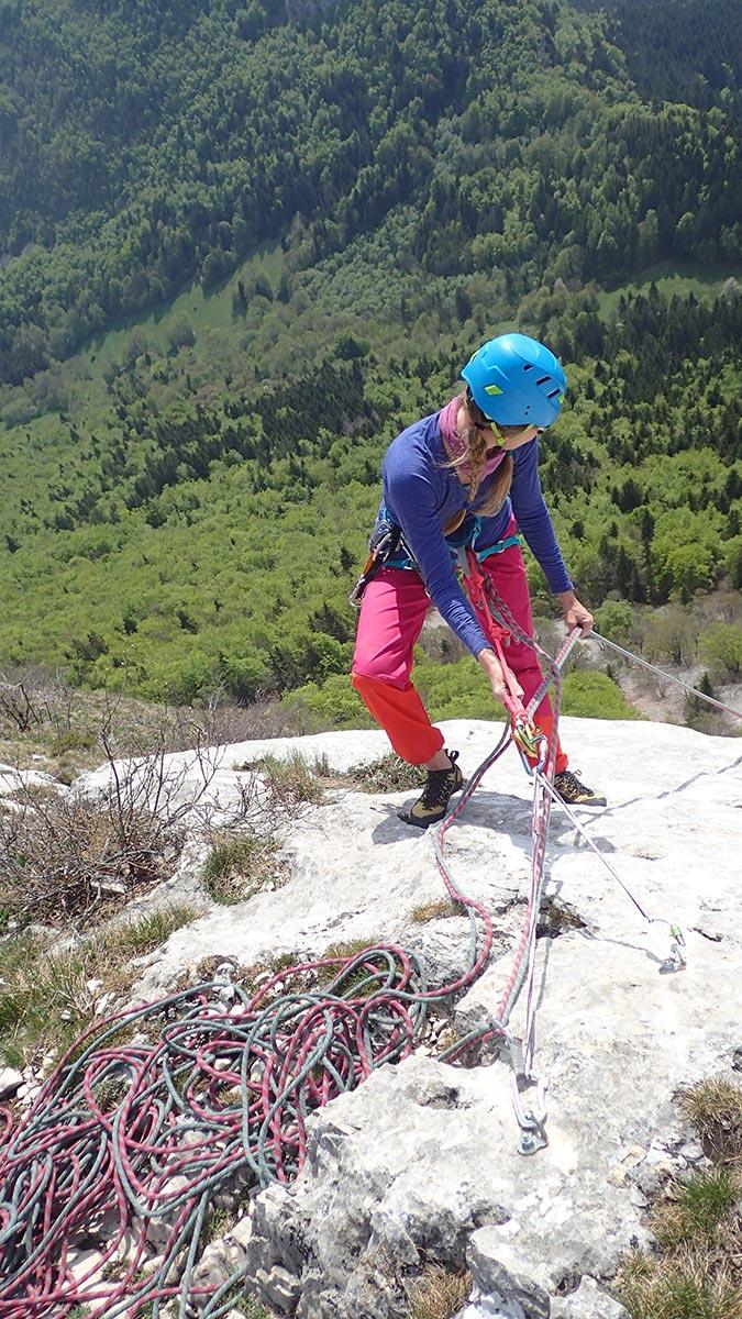 escalade relais en falaise