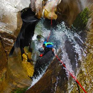 Canyoning à Grenoble par Vertic'O