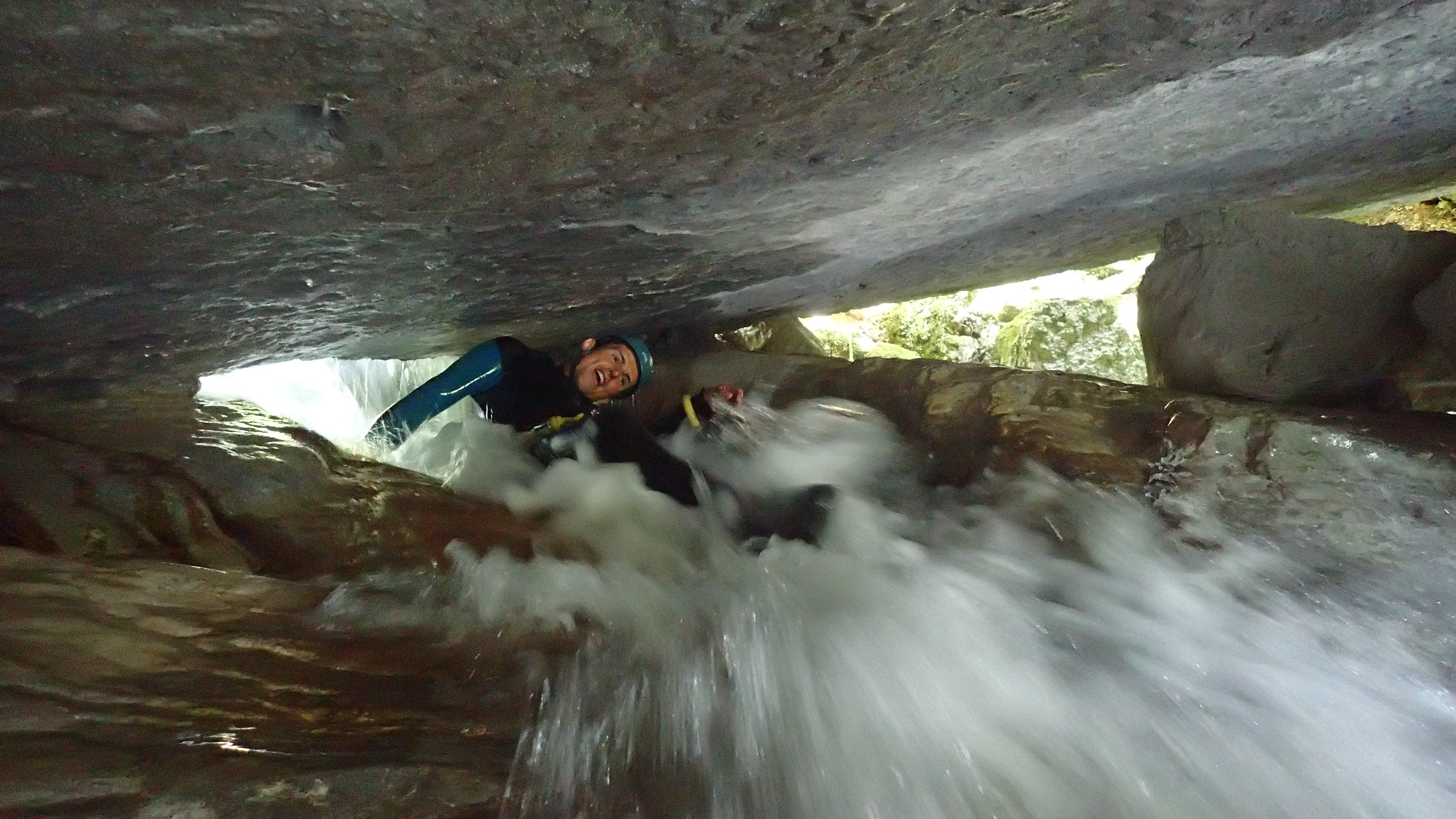 petit syphon dans le canyon du Furon bas en Isère